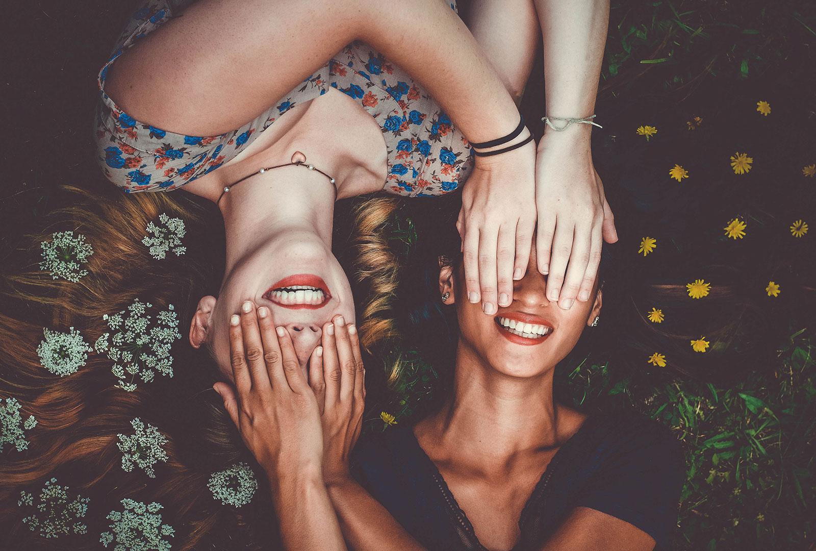 Happiness between two big friends